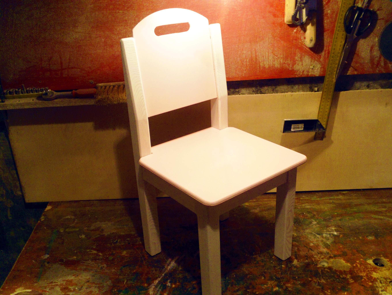 Красивый стульчик своими руками
